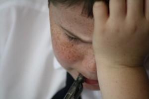 Experiencias infantís adversas relaciónanse cun maior desgaste fisiolóxico na idade adulta / Megan Skelly