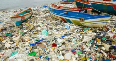 A ONU alenta unha batalla contra o plástico nos océanos