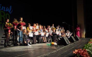 Foto de grupo da gala final do Quero Cantar en 2019